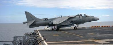 Harrier d'AV8B à bord de l'USS Peleliu photographie stock libre de droits