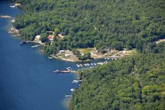 Harrison Landing Marina-Antenne Lizenzfreie Stockfotos