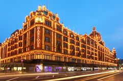 Harrods i London Arkivbild