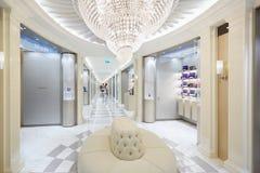 Harrods wydziałowego sklepu wnętrze, mydlarnia teren w Londyn Zdjęcie Royalty Free