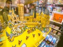 Harry Potter slott av Lego royaltyfria bilder