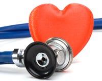 Hart en een stethoscoop stock foto's