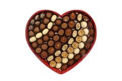 Hart-gevormde Chocoladedoos met Witte Achtergrond stock foto's