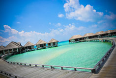 Hart-shaeped het het strand oceaan blauwe water van de Maldiven Royalty-vrije Stock Afbeeldingen