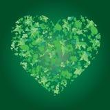 Hart van bladeren op groene achtergrond Royalty-vrije Stock Afbeelding