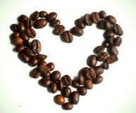 Hart van koffiebonen Stock Afbeeldingen