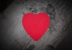 Hart van liefde in de dag van Valentine op houten Royalty-vrije Stock Fotografie