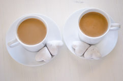 Hart-vorm koekjes en koffie Royalty-vrije Stock Afbeelding
