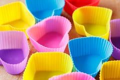 Hart-vormige vorm voor cupcakes Stock Foto