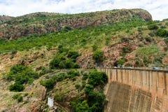 Hartbeespoort tama - Południowa Afryka zdjęcia stock