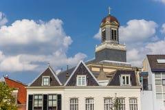 Hartebrugkerk教会的塔在莱顿 库存图片