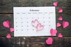 Harten met februari-kalender Royalty-vrije Stock Foto