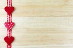 Harten op hout Stock Afbeelding