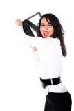 Harter Tag - Geschäftsfrau, die PC zerquetscht Stockfoto