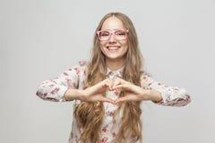 Hartvorm van handen Het concept van de liefde royalty-vrije stock foto's