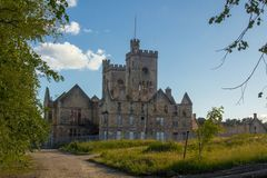 Hartwood-Krankenhaus-Kirche mit imponierenden Doppelglockentürmen Lanarkshire, Schottland stockfoto