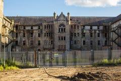 Hartwood-Krankenhaus, verlassenes psychiatrisches Asyl, Krankenschwestern steuern automatisch an stockbild