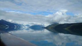 Harvard lodowa szkoły wyższej Fjord Alaska Wielki lodowiec ono ślizga się w ocean spokojnego w Alaska zdjęcia stock