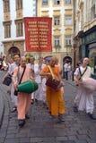 Hasen Krishna auf den Straßen von Prag Lizenzfreies Stockfoto