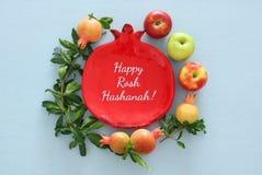 Hashanah de Rosh & x28; holiday& judaico x29 do ano novo; conceito Símbolos tradicionais foto de stock royalty free