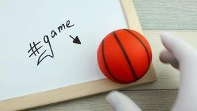 Hashtag gra i koszykówki piłka zbiory
