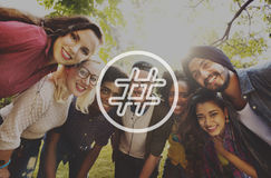 Hashtag-Ikonen-Social Media-Blog-Beitrags-Konzept Stockfotos