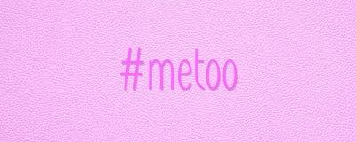 Hashtag metoo na różowym rzemiennym tekstury tle obraz royalty free