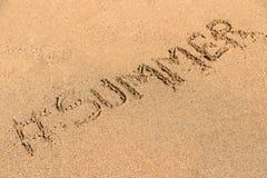 Hashtag sommar på Sandy Summer Beach Arkivfoton