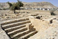 Hasmonean宫殿废墟在犹太沙漠。 库存图片