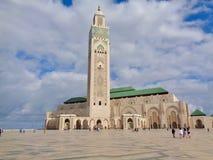Hassan II moské, Casablanca, Marocko, låg-vinkel royaltyfri bild