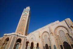 Hassan II moské under den blåa himlen i Casablanca, Marocko Arkivbild