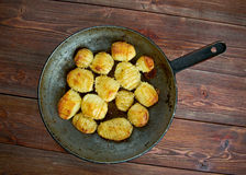 Hasselback potatis royaltyfria foton