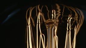 Haste de cintilação e prender de queimar Edison Lightbulb filme