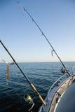 Hastes de pesca no mar. Imagens de Stock