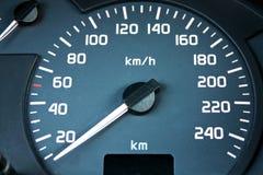 hastighet för bilinstrumentbrädaräkneverk Arkivbild