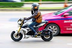 Hastighet i all hast på Km 1 Ramintra väg Fotografering för Bildbyråer