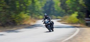 hastigheter för väg för goamotorbikermumbai Royaltyfria Foton