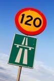 Hastighetsbegränsning 120 Arkivbilder