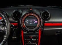 Hastighetskontrollinstrumentbräda Arkivbilder