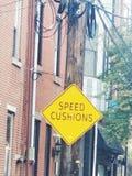 Hastighetskudde? arkivfoto