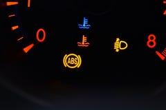 Hastighetsmätare i bil Arkivfoton