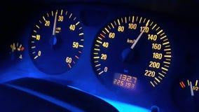 Hastighetsmätare 120km på timme Royaltyfri Bild