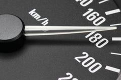 Hastighetsmätare på km/tim 180 Arkivfoto