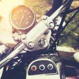 Hastighetsmätaremått av den klassiska motorcykeln Royaltyfri Foto