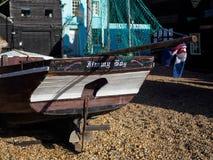 HASTINGS ÖSTLIG SUSSEX/UK - NOVEMBER 06: Fiskares skjul och B Royaltyfria Foton