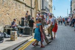 Hastings célèbre le Jour de la Déclaration d'Indépendance américain avec une fête de rue Images stock