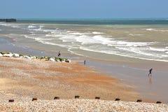HASTINGS, REINO UNIDO: A praia Foto de Stock Royalty Free