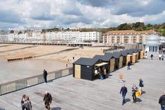 Hastingspijler en strandboulevard, Engeland Royalty-vrije Stock Foto