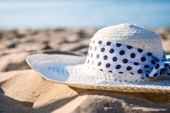 Hat at the beach Royalty Free Stock Image
