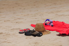 Hat, slippers and snorkel Royalty Free Stock Photography